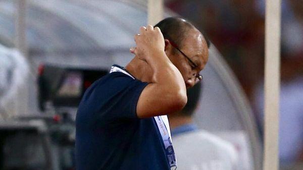 Bảo vệ học trò, HLV Park Hang Seo bị cấm chỉ đạo trận Việt Nam - UAE