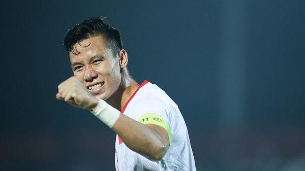 Quế Ngọc Hải sút phạt đền chuẩn xác, Việt Nam 2-1 Malaysia