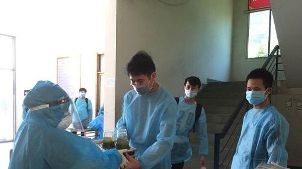 Thái Bình đón 200 công nhân từ Bắc Giang trở về