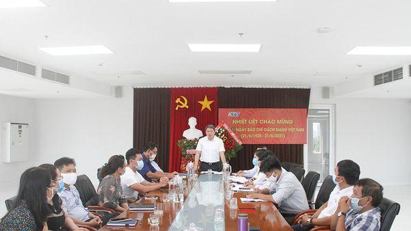 Bí thư Tỉnh ủy Nguyễn Hải Ninh thăm Đài Phát thanh và Truyền hình Khánh Hòa