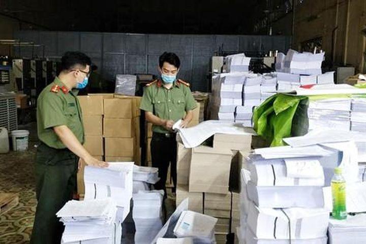 Vụ in lậu 20 tấn sách ở Hà Nội: Một công ty tiếp tục vi phạm khi đang bị điều tra - Báo Tiền Phong