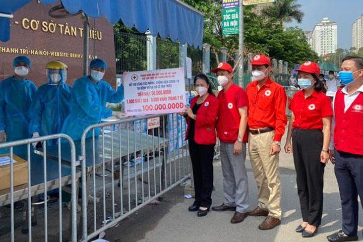 Hội Chữ thập đỏ thành phố Hà Nội tích cực hỗ trợ chống dịch - Báo Hà Nội Mới