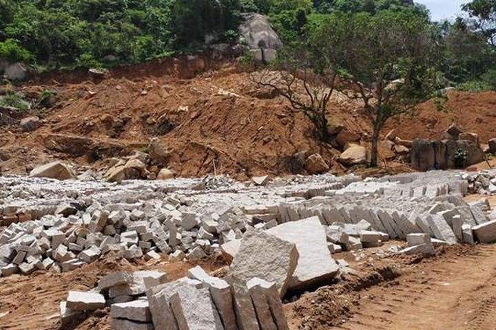 Bà Rịa – Vũng Tàu: Gần 17.000 m2 đất rừng phòng hộ bị san lấp, chẻ đá - Báo Đại Đoàn Kết