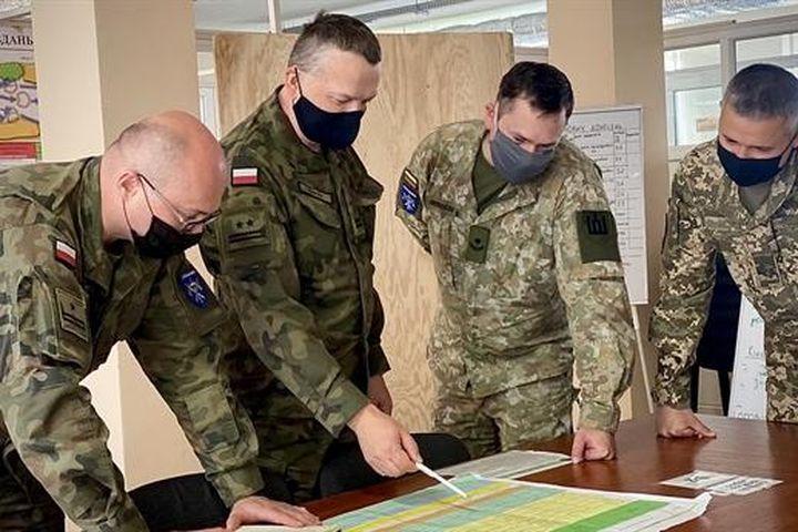 Thỏa thuận Tam giác Lublin và cuộc chiến địa chính trị Nga-Mỹ - Chuyên trang Đất Việt - Báo Tri thức & Cuộc sống