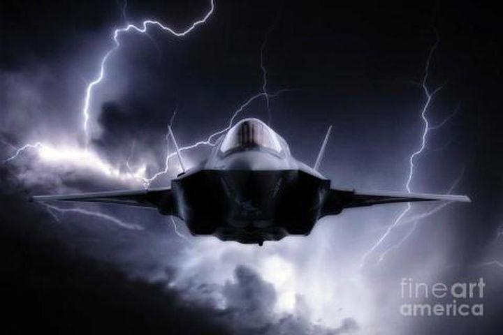 Vì sao tiêm kích F-35 có thể chịu được cả sét đánh? - Báo Tri Thức & Cuộc Sống