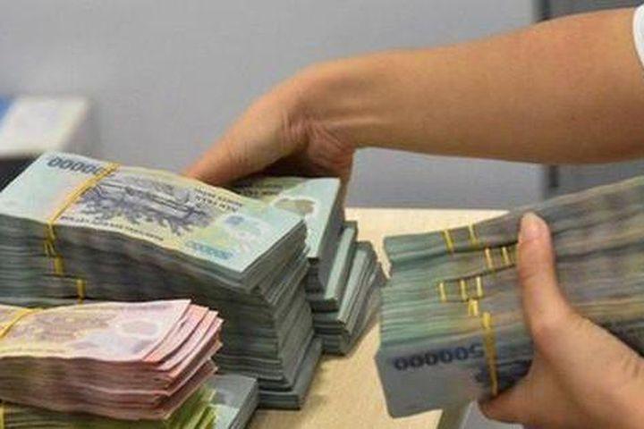 Bắt nhân viên ngân hàng lừa đảo gần chục tỷ đồng của khách - Báo Tiền Phong