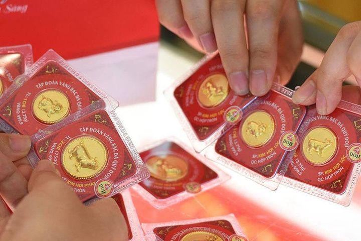 Giá vàng hôm nay 1/8: Kết thúc một tháng tăng giá mạnh - Báo VietnamNet