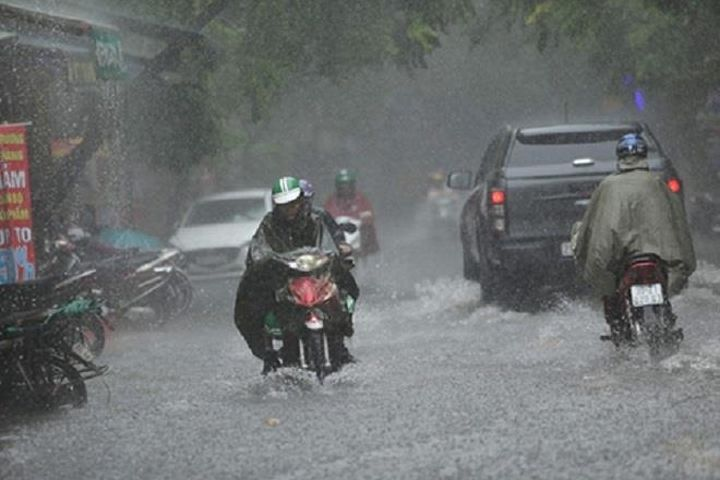 Thời tiết ngày 1/8: Bắc Bộ mưa to, Trung Bộ kéo dài chuỗi ngày nắng nóng - Báo VTC News