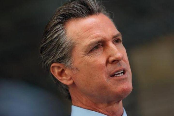 Hồi hộp chờ kết quả cuộc bỏ phiếu bãi nhiệm thống đốc bang California - Báo Pháp Luật TP.HCM