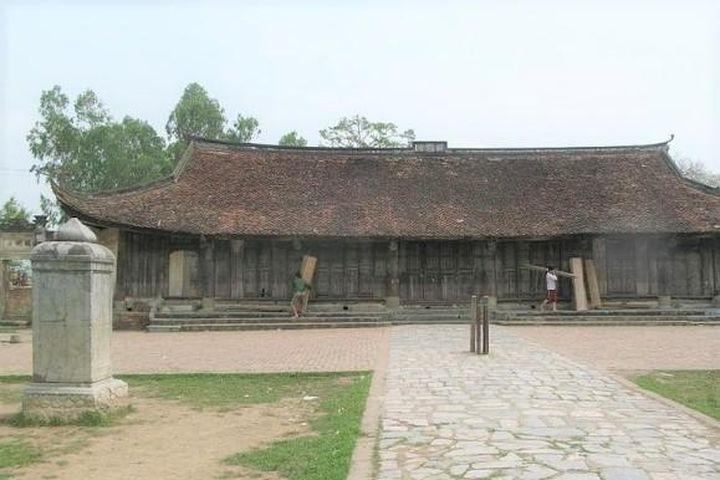 Vỡ khối bia cổ tại di tích chùa Thổ Hà: Việc phải làm ngay là 'sửa sai, chữa ẩu' - Báo Văn Hóa