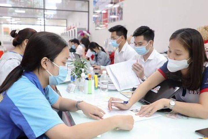 Mời đặt câu hỏi tư vấn trực tuyến: 'Điểm chuẩn và cơ hội xét tuyển bổ sung' - Báo Người Lao Động