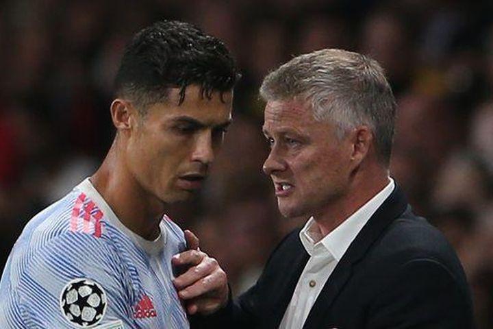 Ronaldo lên tiếng thất bại của MU và 'sự cố' ở sân Young Boys - Báo VietnamNet