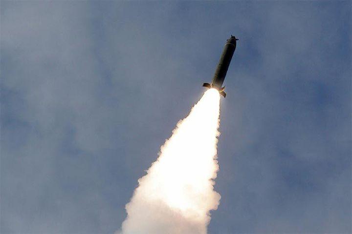 Triều Tiên phóng 2 tên lửa đạn đạo ra biển - Báo VietnamNet