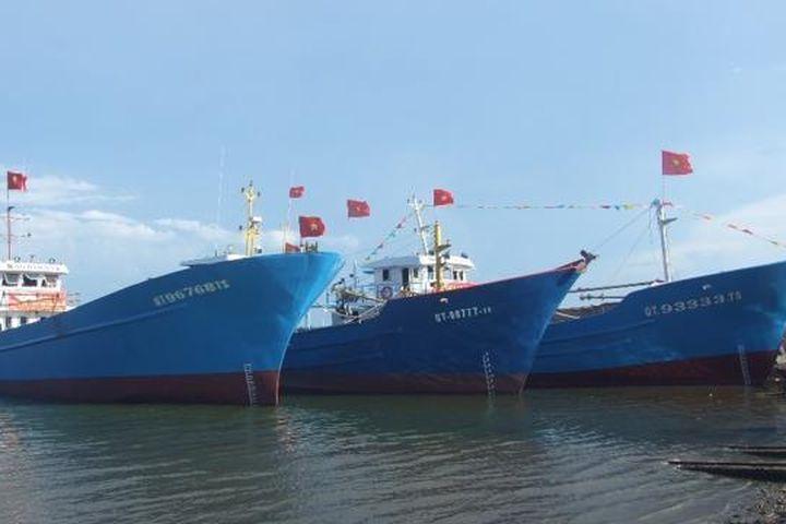 Quảng Trị: Mở rộng cảng Cửa Việt và lập Dự án đầu tư Công viên Cọ Dầu - Doanh Nhân Việt