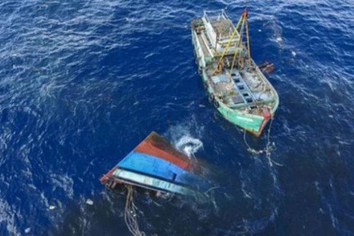 Tàu cá bị tàu hàng đâm chìm, 2 ngư dân mất tích - Báo Pháp Luật TP.HCM