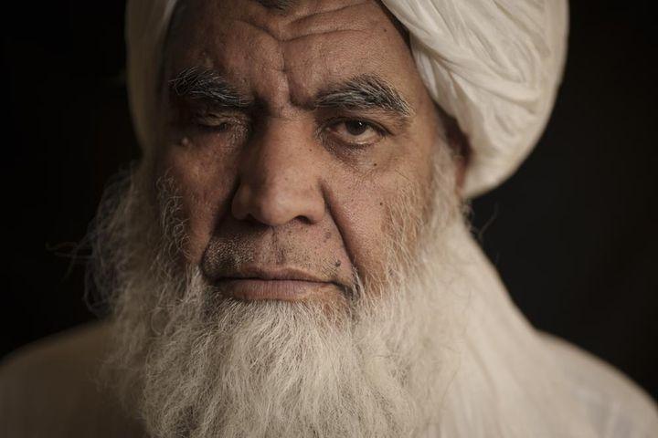 Quan chức Taliban: 'Chặt tay là việc cần thiết để đảm bảo an ninh' - Zing - Tri thức trực tuyến