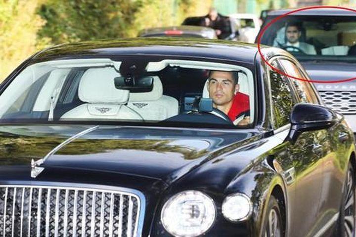 Cận cảnh vệ sĩ hầm hố bảo vệ Ronaldo 24/7 kể từ khi về M.U - Báo Tiền Phong