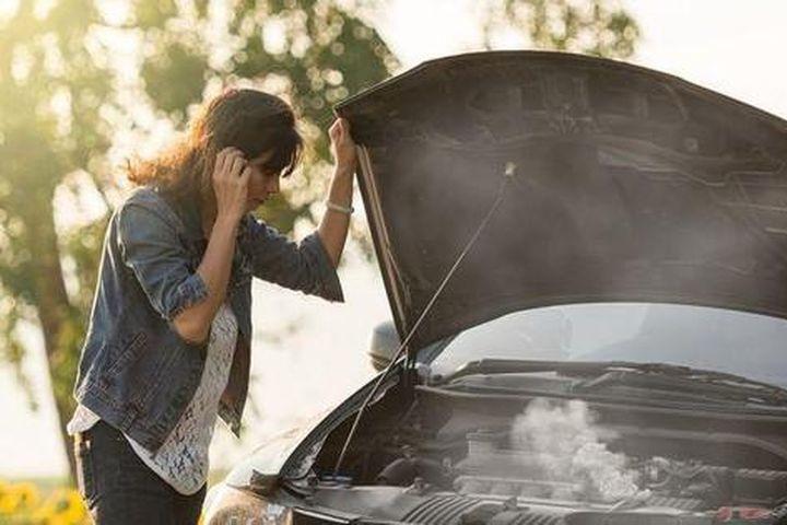 Những nguyên nhân khiến động cơ ô tô quá nóng - Báo Tiền Phong