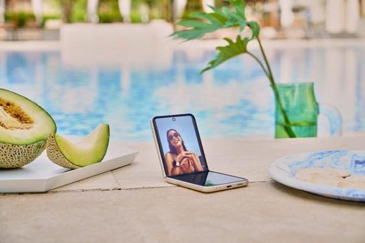 Galaxy Z của Samsung thỏa mãn khao khát trải nghiệm công nghệ của người trẻ hiện đại - Báo VietnamNet