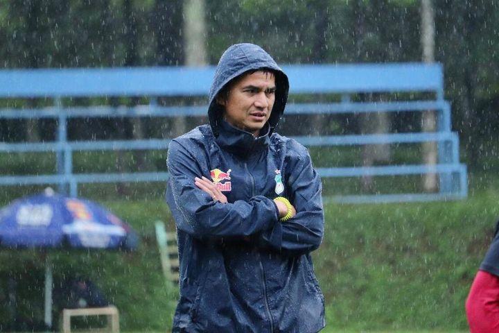 HAGL không vô địch V.League, Kiatisak 'chốt' tương lai trước tin đồn dẫn dắt Thái Lan - SaoStar