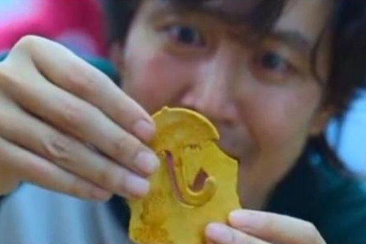Cách làm món kẹo đường đang cực hot trong Squid Game, mọt phim biết chưa? - SaoStar