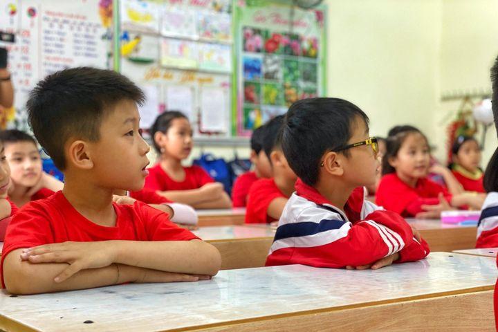 Sau 3 tuần đầu năm học mới, nhiều tỉnh cho học sinh tạm dừng đến trường - Báo VTC News