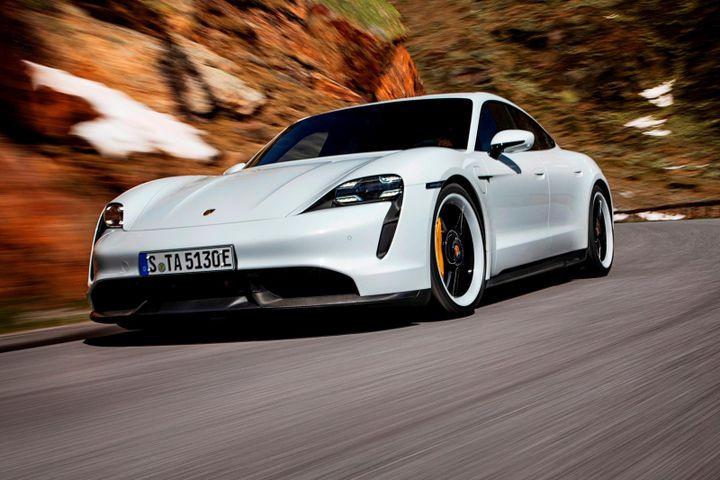 Porsche Taycan tiếp tục cháy hàng, vượt doanh số Panamera và 911 - Zing - Tri thức trực tuyến