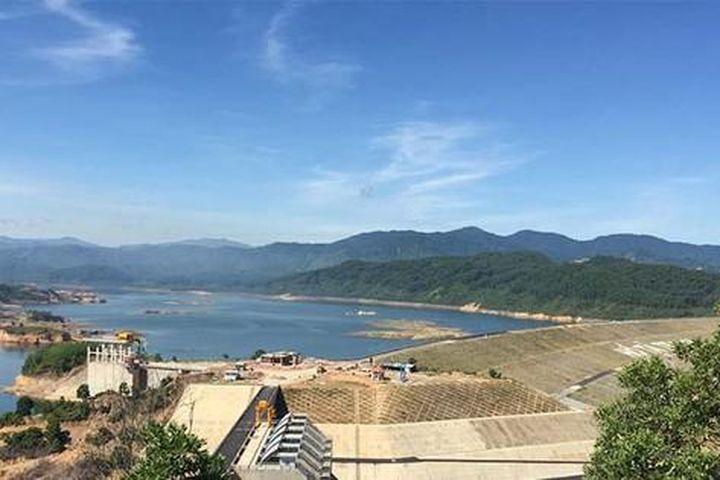 Hồ chứa lớn nhất Thừa Thiên – Huế xả nước đón lũ - Báo Sài Gòn Giải Phóng