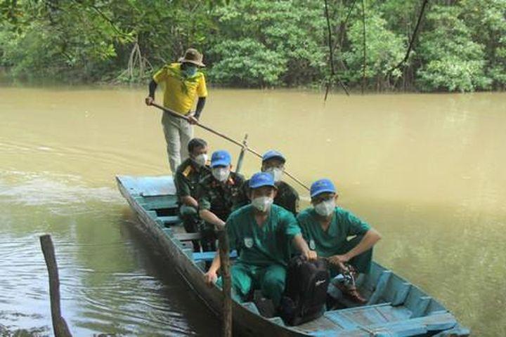 Ngày nghỉ đặc biệt của các 'chiến sĩ' tuyến đầu chống dịch COVID-19 - Báo Tiền Phong