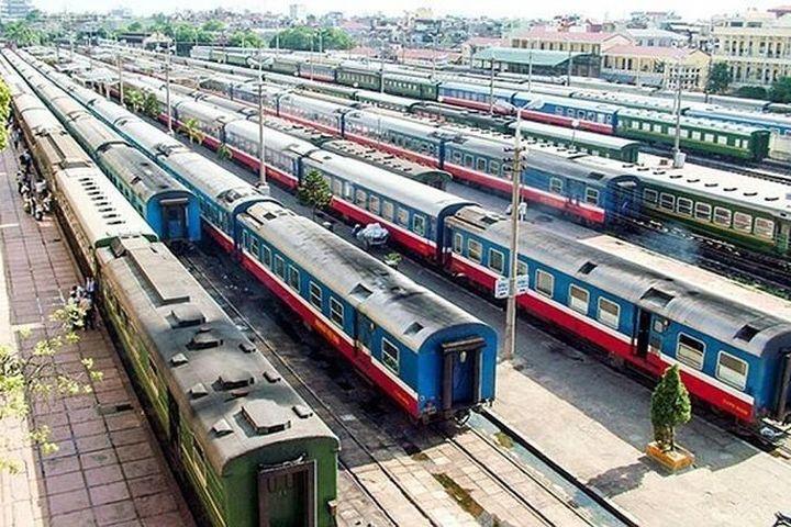 Mới có 1/22 địa phương phản hồi về việc chạy tàu hỏa trở lại từ 7/10 - Báo VietnamNet