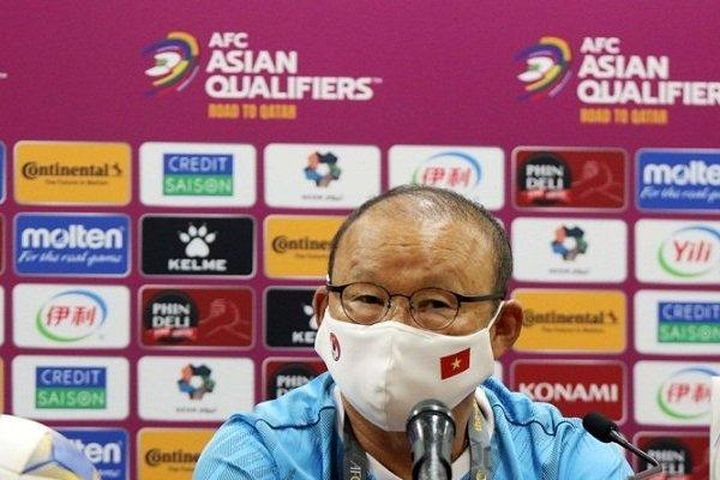 HLV Park Hang Seo phản ứng việc báo chí Trung Quốc đưa tin sai sự thật - Tạp chí Người Đưa Tin