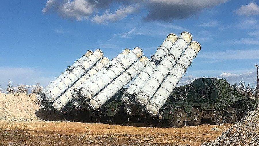 'Rồng lửa' S-400 của Nga khoe sức mạnh bão táp, diệt 30 mục tiêu cực 'khủng'