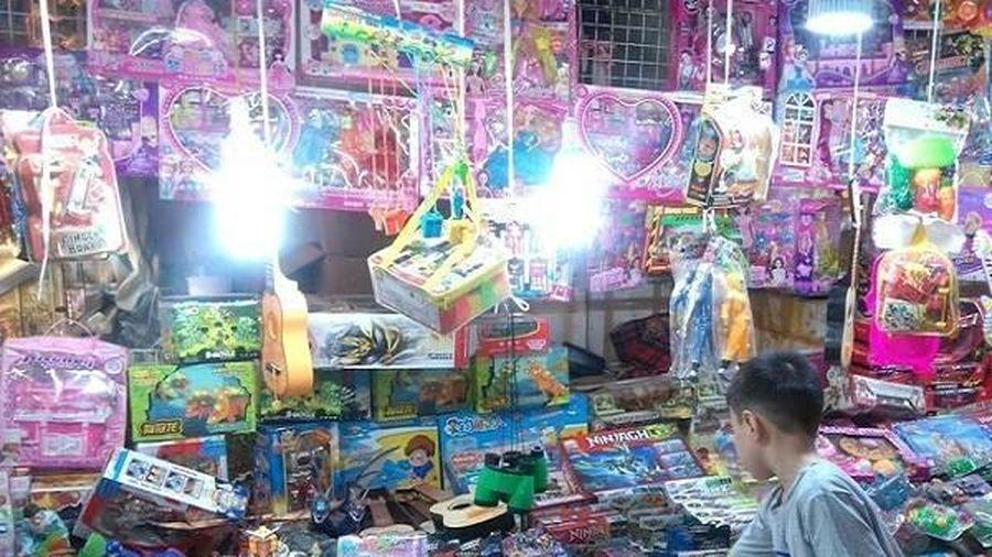 Sát tết Trung thu, đồ chơi Trung Quốc nhập lậu lại tràn vào Việt Nam