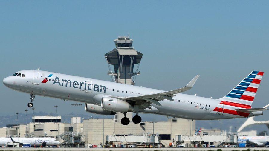 Kết quả hình ảnh cho Thợ máy của American Airlines bị buộc tội phá hoại máy bay trong bối cảnh tranh chấp liên minh