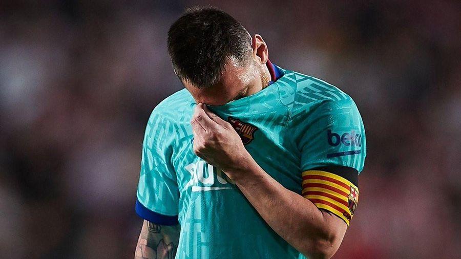 Barca thua sốc trước tân binh Granada dù Messi trở lại