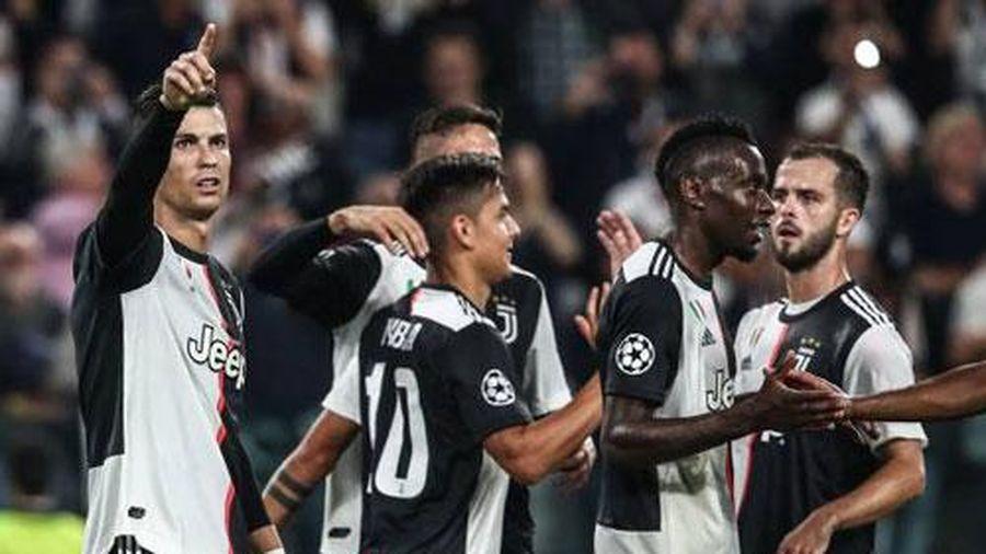 Ronaldo thiết lập 3 kỷ lục 'vô tiền khoáng hậu' tại Champions League