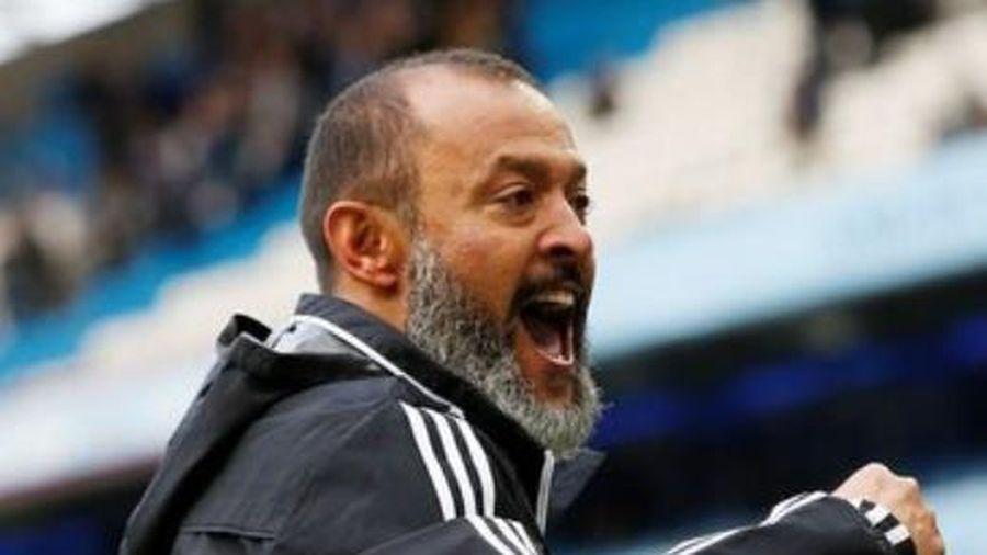 Wolves đánh bại Man City nhờ sự thay đổi của HLV Santo