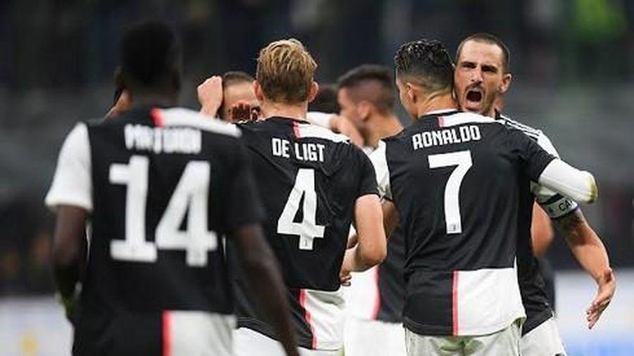 Ronaldo và đồng đội lấy ngôi đầu Serie A từ Inter Milan
