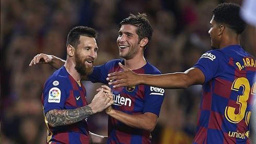 Barca thắng đậm Sevilla trong trận cầu có 2 thẻ đỏ