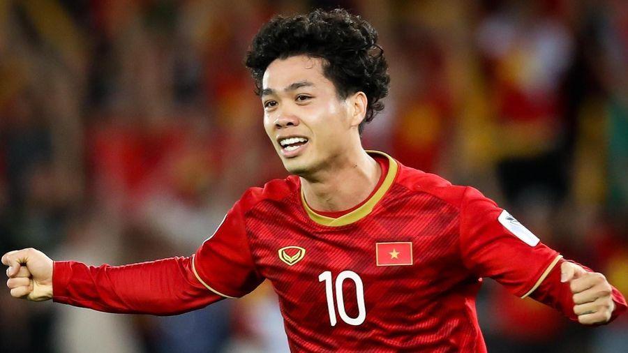 Đội hình chính thức Việt Nam vs Malaysia: Công Phượng, Văn Hậu đá chính