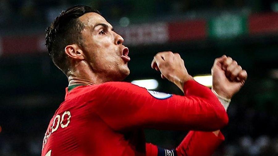 Ronaldo nói gì sau khi cán mốc 700 bàn thắng trong sự nghiệp?