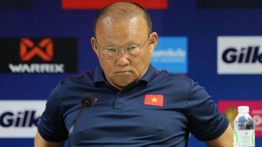 Thái Lan 'tố' thầy Park chơi đòn tâm lý