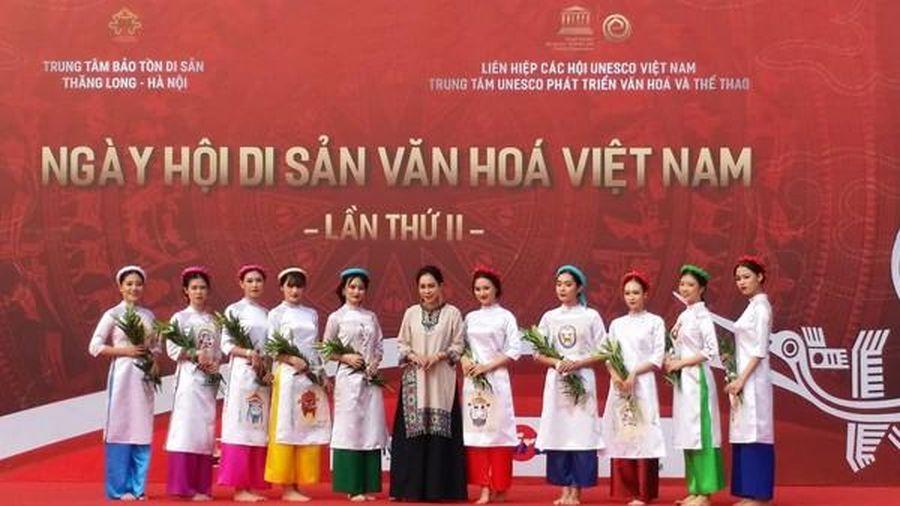 Mở cửa tự do, chào đón du khách tới thưởng thức ca trù, quan họ tại Hoàng thành Thăng Long