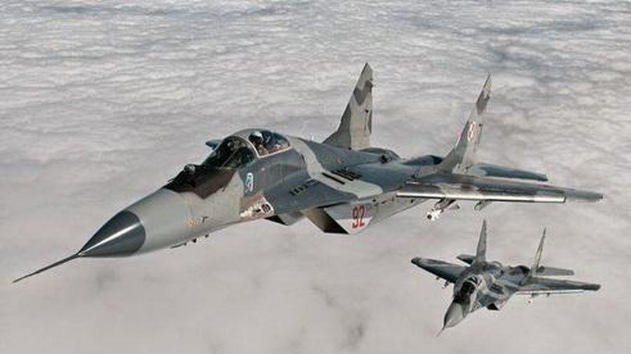 Nga tuyên bố S-400 khiến tiêm kích Ba Lan 'không thể cất cánh'