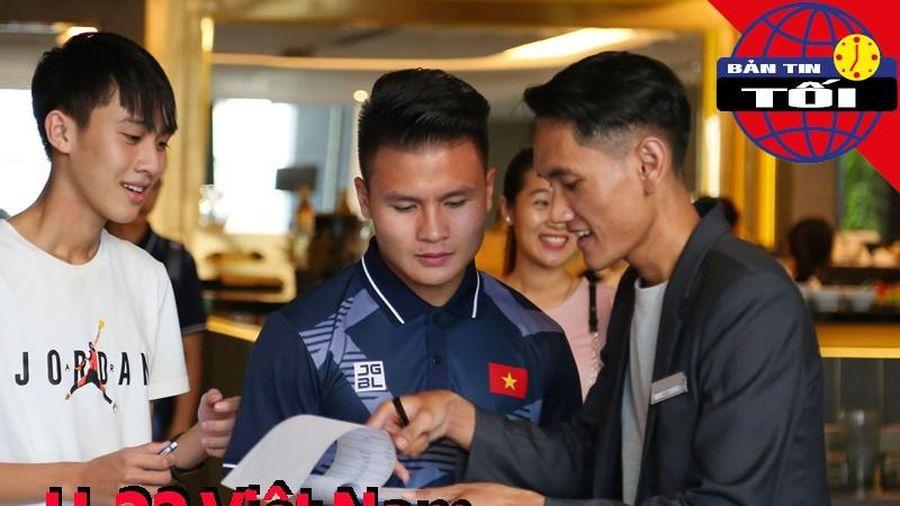U-22 bỏ áo đấu số 10; Muang Thong 'chấm' Quế Ngọc Hải