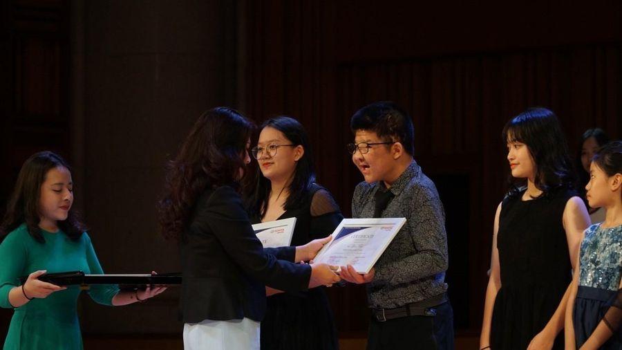 Học bổng Toyota chắp cánh tài năng âm nhạc trẻ Việt Nam