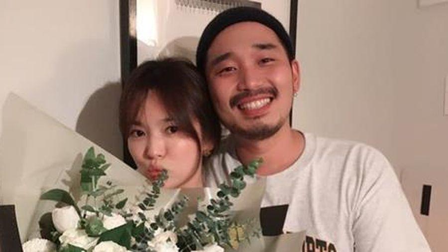 Song Hye Kyo đón tuổi 38 bên bạn bè