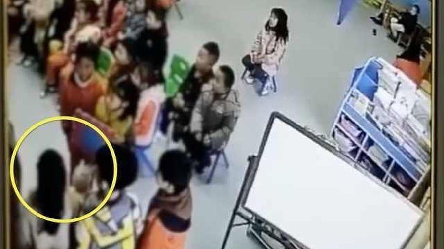 Không ngủ trưa, 4 học sinh bị cô giáo phạt tự tát vào mặt