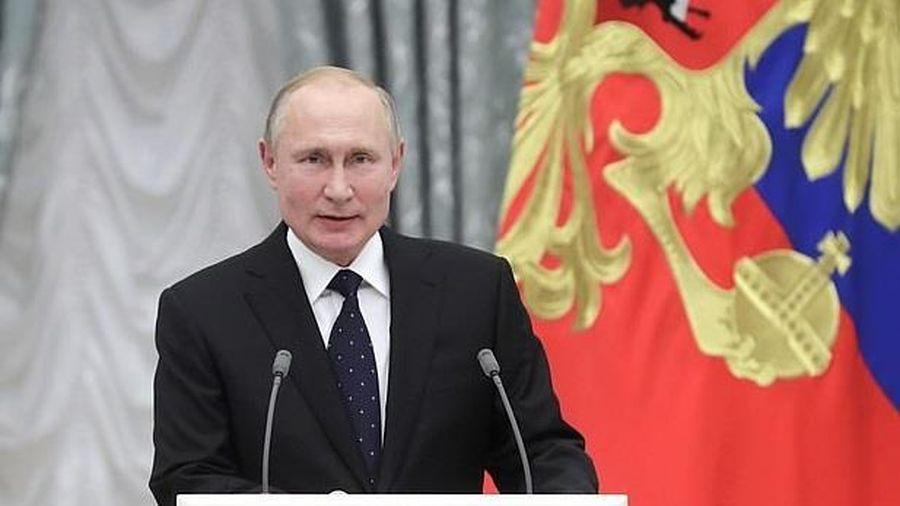 TT Putin quyết tâm hoàn thiện tên lửa bí ẩn sau vụ nổ động cơ