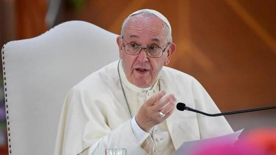 Giáo hoàng cảnh báo giới trẻ Thái về cạm bẫy của công nghệ